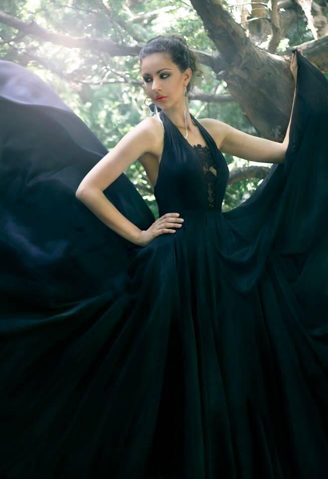 alkalmi ruha fekete selyemből 7b34bda262