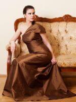 barna alkalmi ruha selyem shantung anyagból
