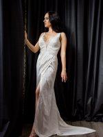 uszályos selyem menyasszonyi ruha