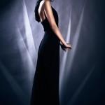 kapucnis fekete alkalmi ruha