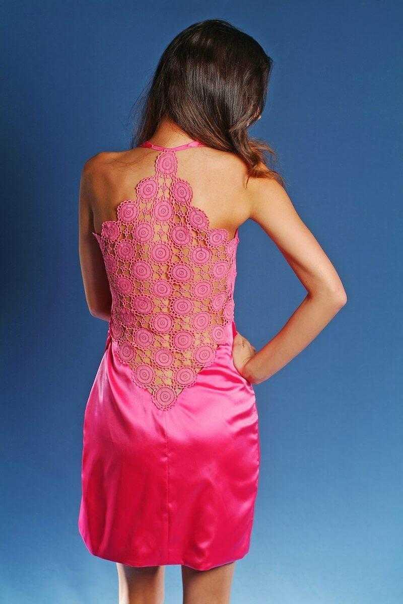 A ruha elkelt méretre szabva 38000 Ft. Pink ... 8b70de4736