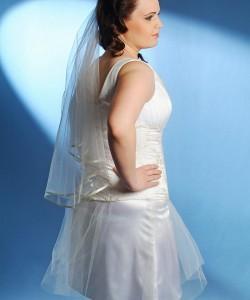 esküvői ruha moletteknek