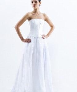 fehér organza esküvői ruha
