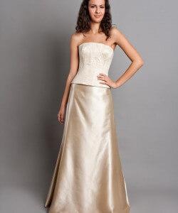 pezsgőszín menyasszonyi ruha