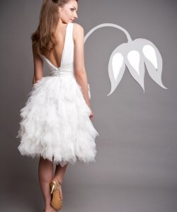 rövid menyasszonyi ruha tüllből