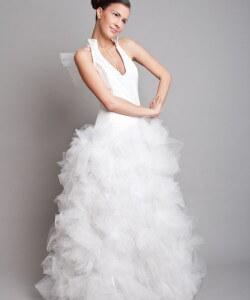 fehér tüllös extrém ruha