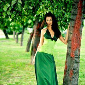almazöld báli ruha