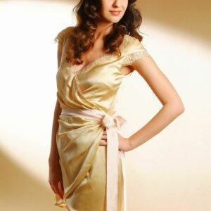 menyecske ruha arany