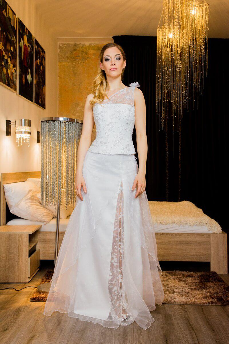 e21519cf71 Esküvői ruhák, menyasszonyi ruhák, egyedi esküvői ruha ...