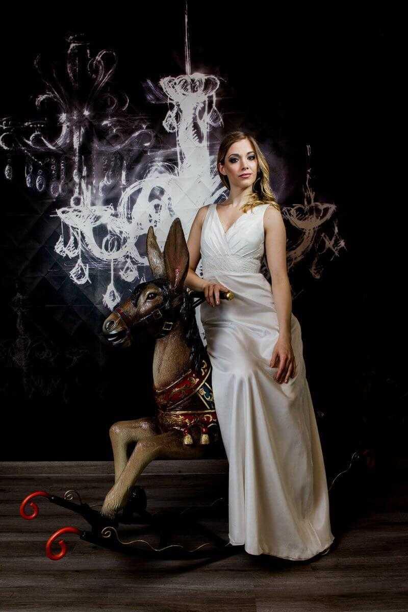 da2df97ce2 Esküvői ruhák, menyasszonyi ruhák, egyedi esküvői ruha ...