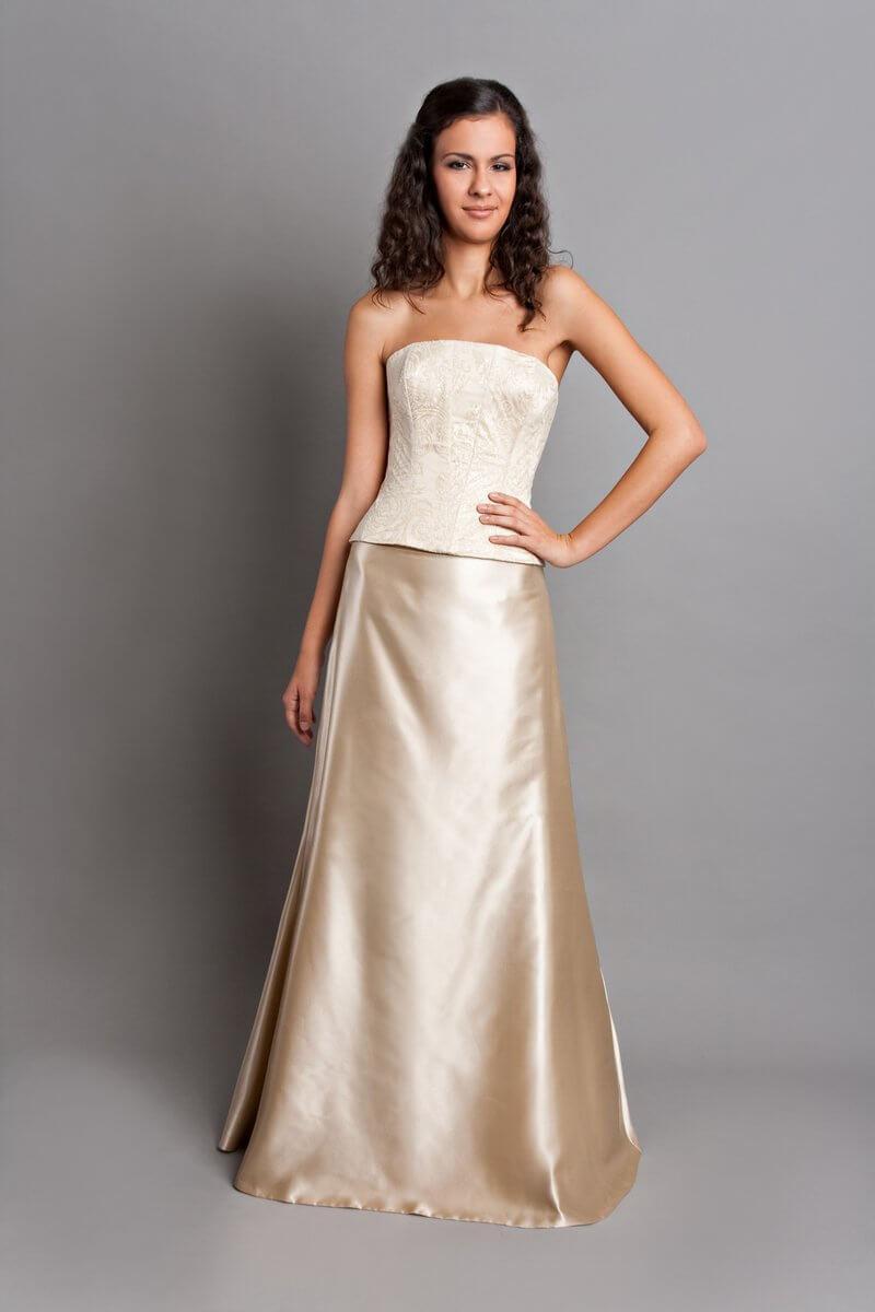 39b6ac678a Esküvői ruhák, menyasszonyi ruhák, egyedi esküvői ruha ...
